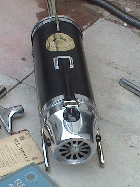 Vintage 1927 Model Xi Electrolux Suction Vacuum Cleaner In